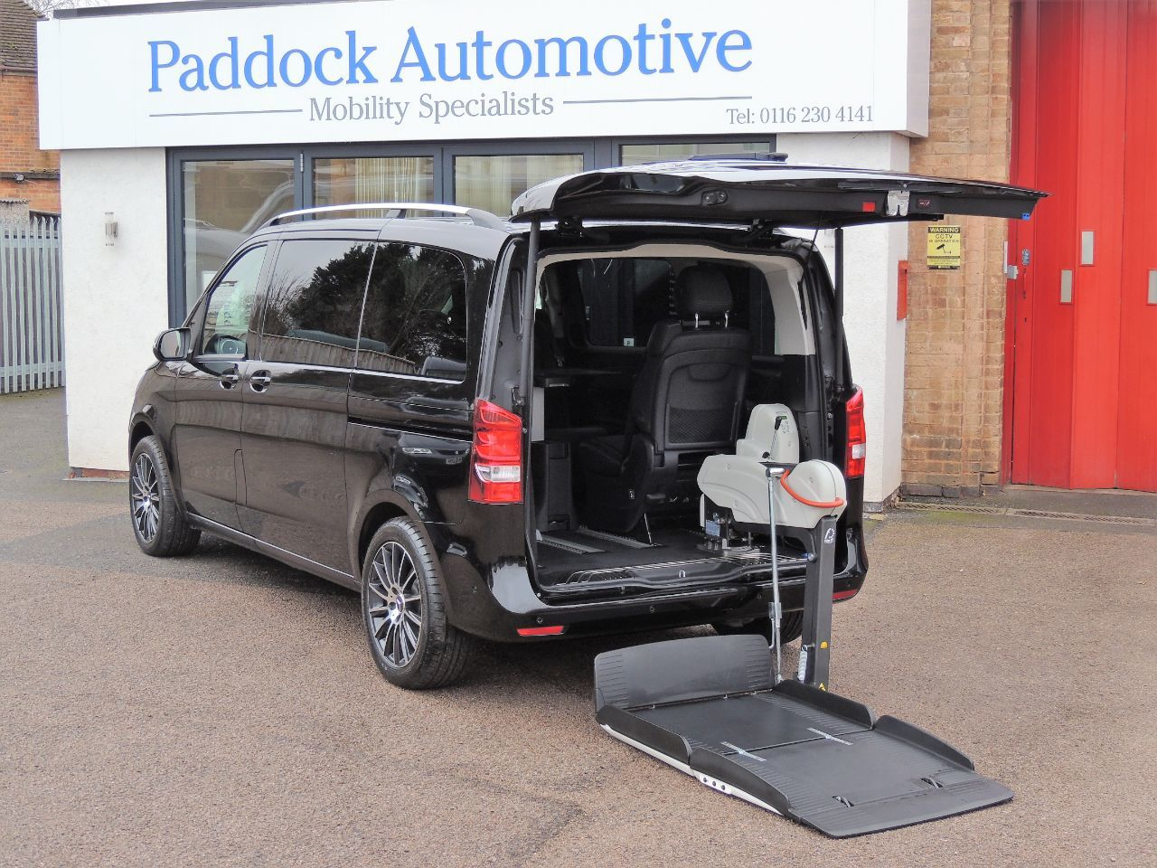 Mercedes-Benz V Class 2.2 V220 BlueTEC SE Auto Disabled Wheelchair Adapted Vehicle WAV Wheelchair Adapted Diesel Obsidian Black Mica