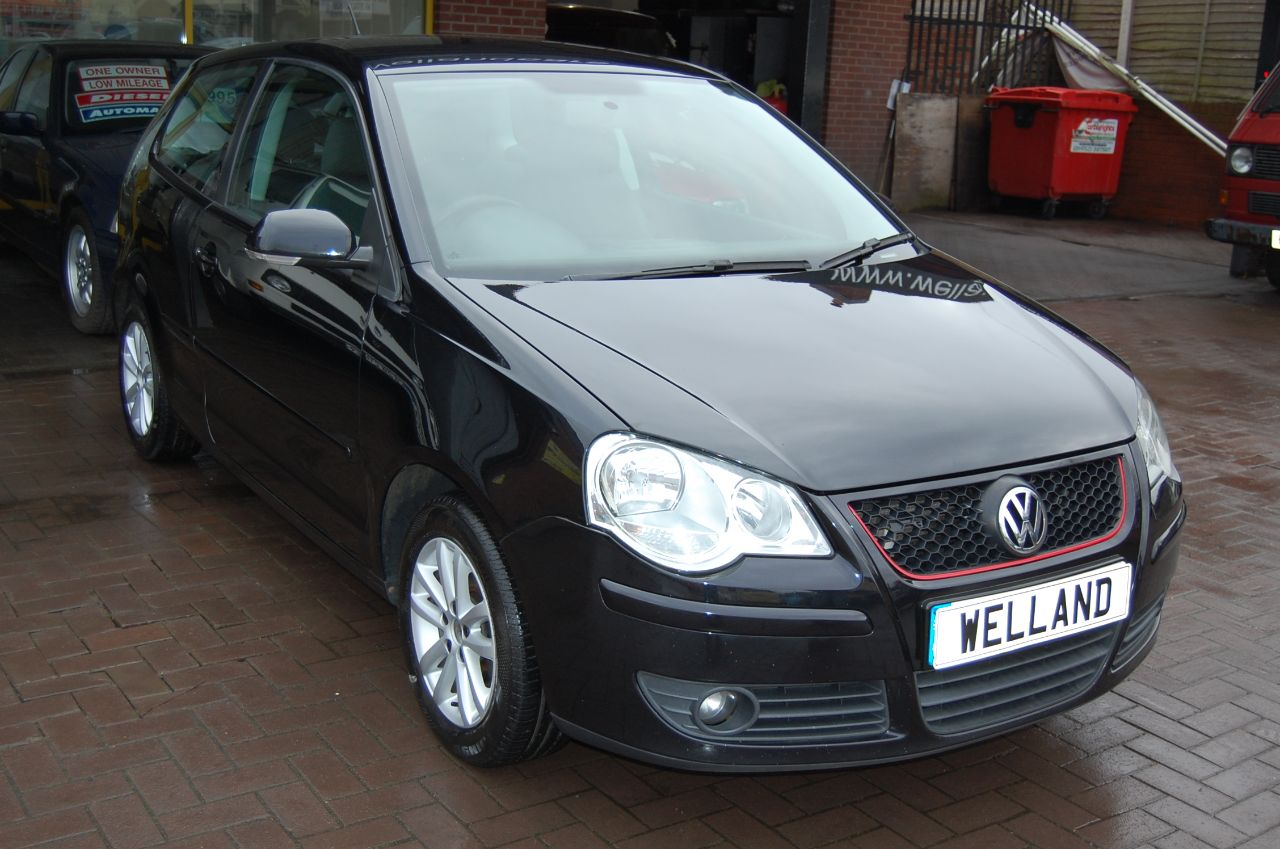 2007 Volkswagen Polo POLO 1.2 S 3 DOOR 5 SPEED MANUAL IDEAL FIRST CAR LOW TAX AND INSURANCE