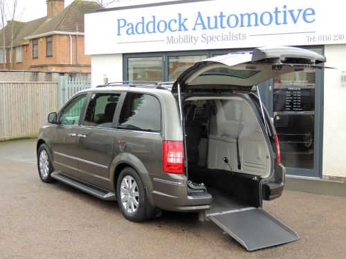 Chrysler Grand Voyager 2.8 CRD Limited Auto Disabled Wheelchair Adapted Vehicle WAV Wheelchair Adapted Diesel Grey Mica