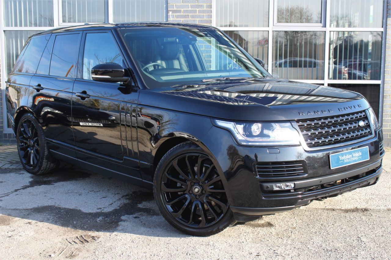 Land Rover Range Rover 3.0 TDV6 Vogue 5dr Auto Estate Diesel Black