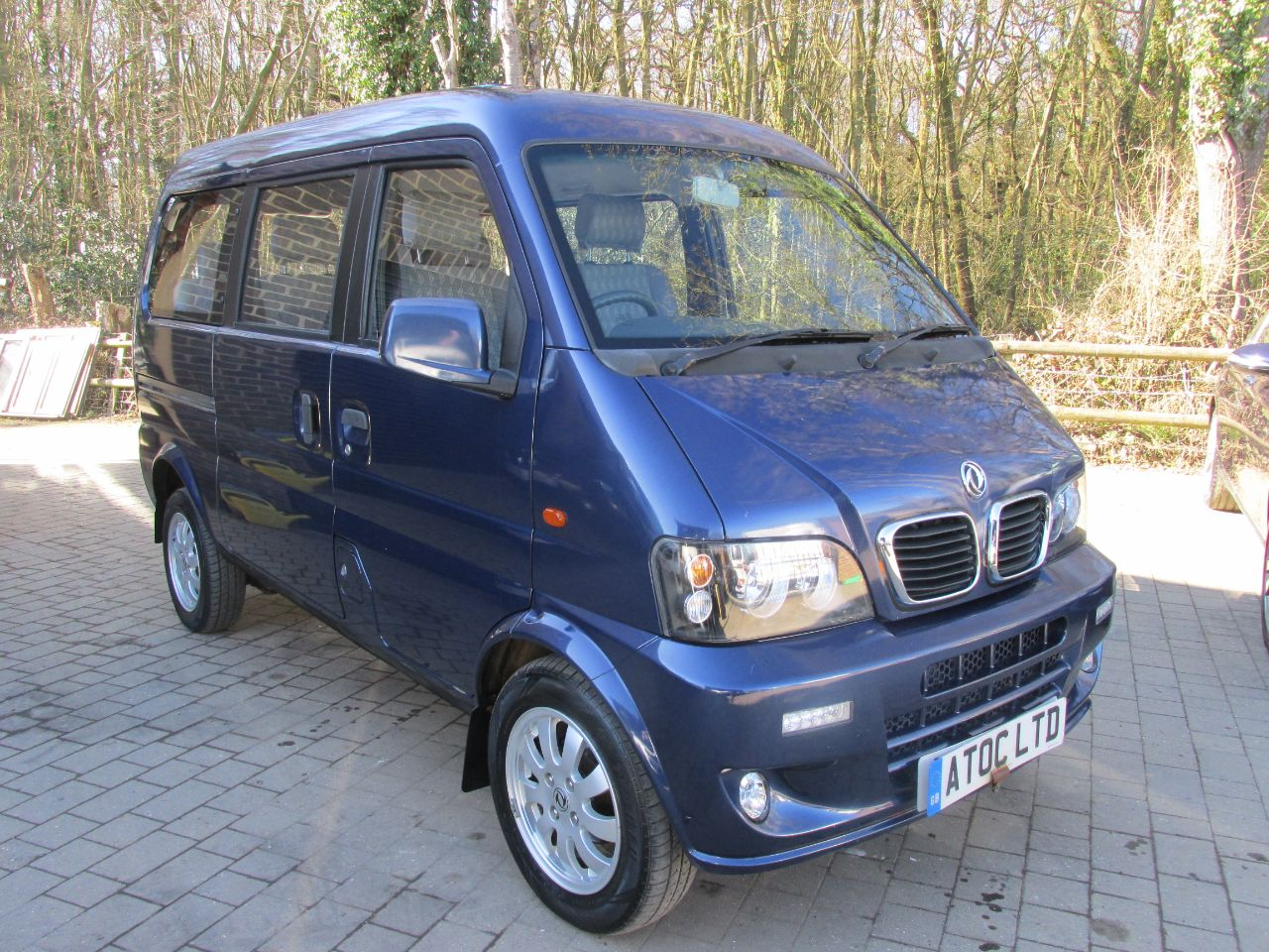 Dfsk Loadhopper 1.3 Minibus 7 seats Minibus Petrol Blue at A Touch of Class Kingsnorth