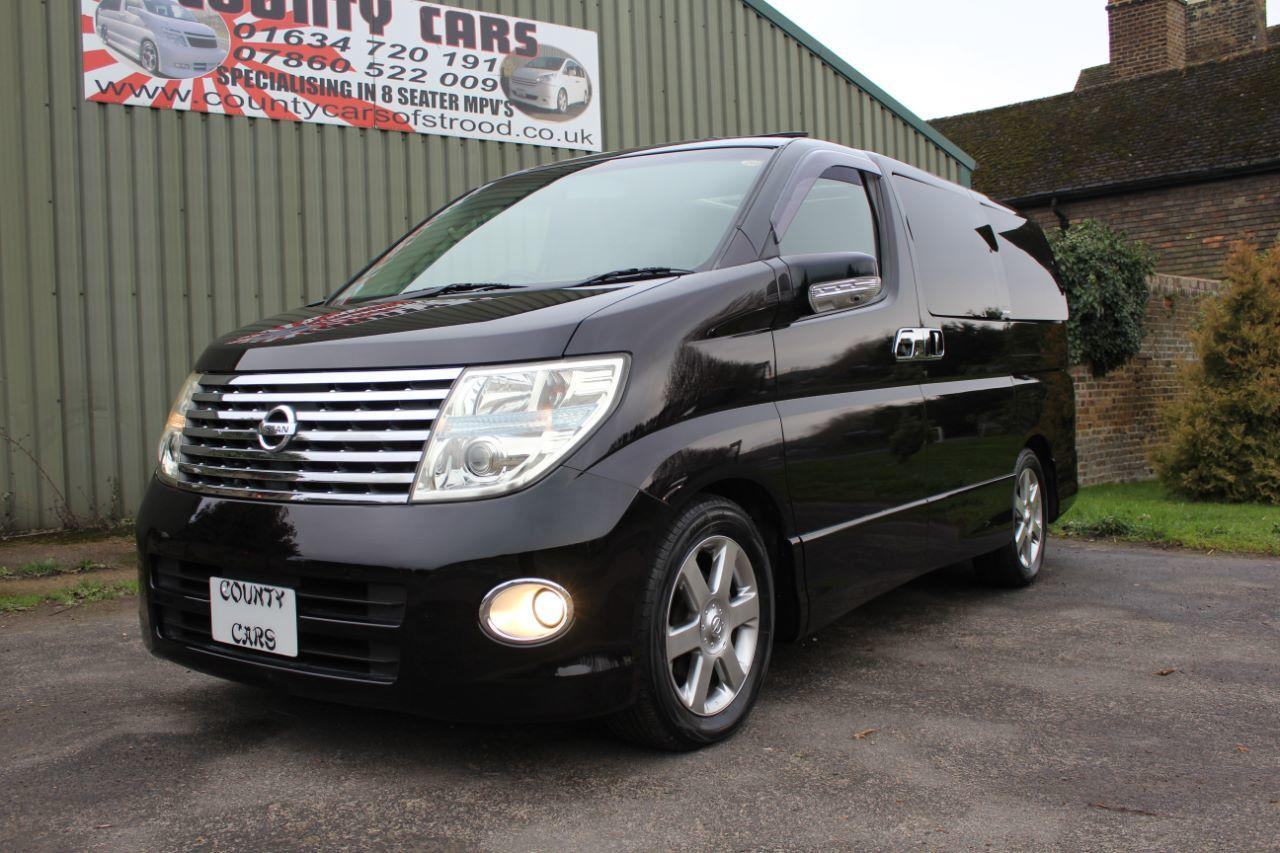 Nissan Elgrand 3.5 Highway-Star 4x4 MPV Petrol Unmarked Pearl Black