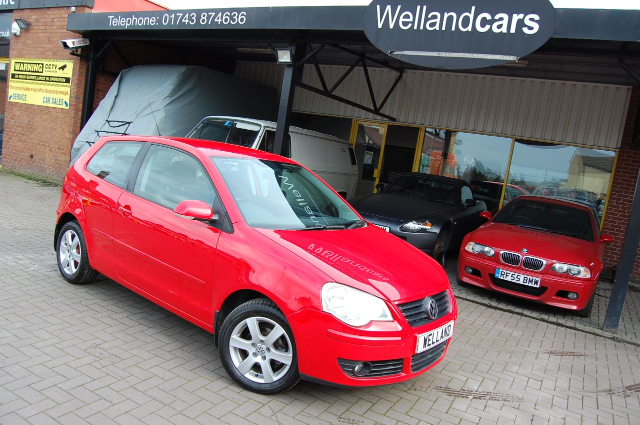Volkswagen Polo POLO 1.4 MATCH 80 5 SPEED MANUAL FULL SERVICE HISTORY LOW MILEAGE ONLY 53 K Hatchback Petrol Red at Welland Cars Shrewsbury