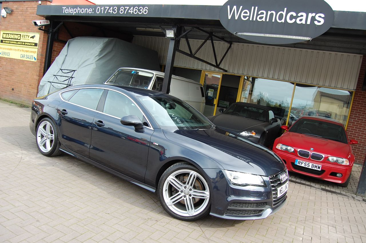 Audi A7 A7 S LINE 3.0TDI QUATTRO AUTO 1 FORMER KEEPER HUGE SPECIFICATION Hatchback Diesel Blue at Welland Cars Shrewsbury
