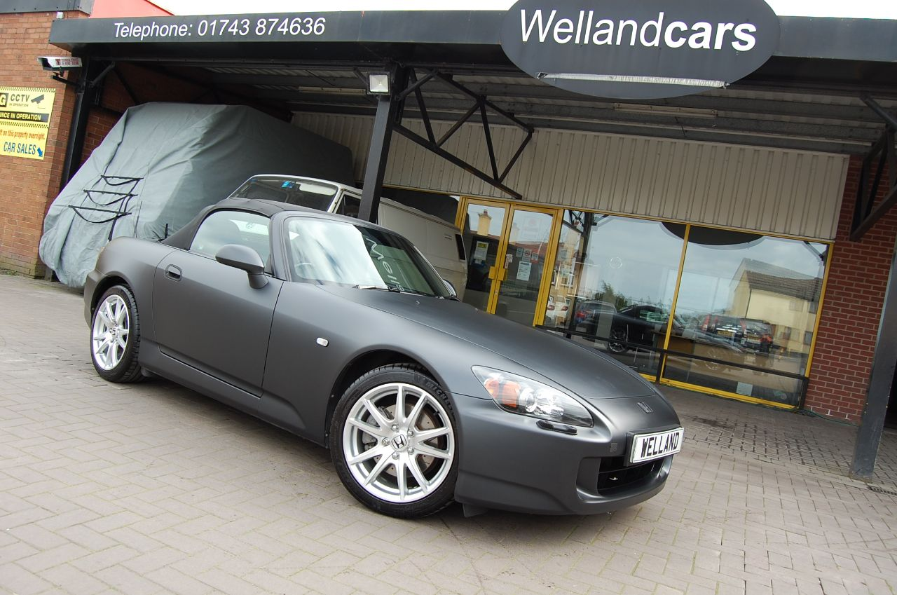 Honda S2000 S2000 ROADSTER 2.0i VTEC 6 SPEED MANUAL CUSTOM MATT BLACK FULL SERVICE HISTORY Sports Petrol Black at Welland Cars Shrewsbury