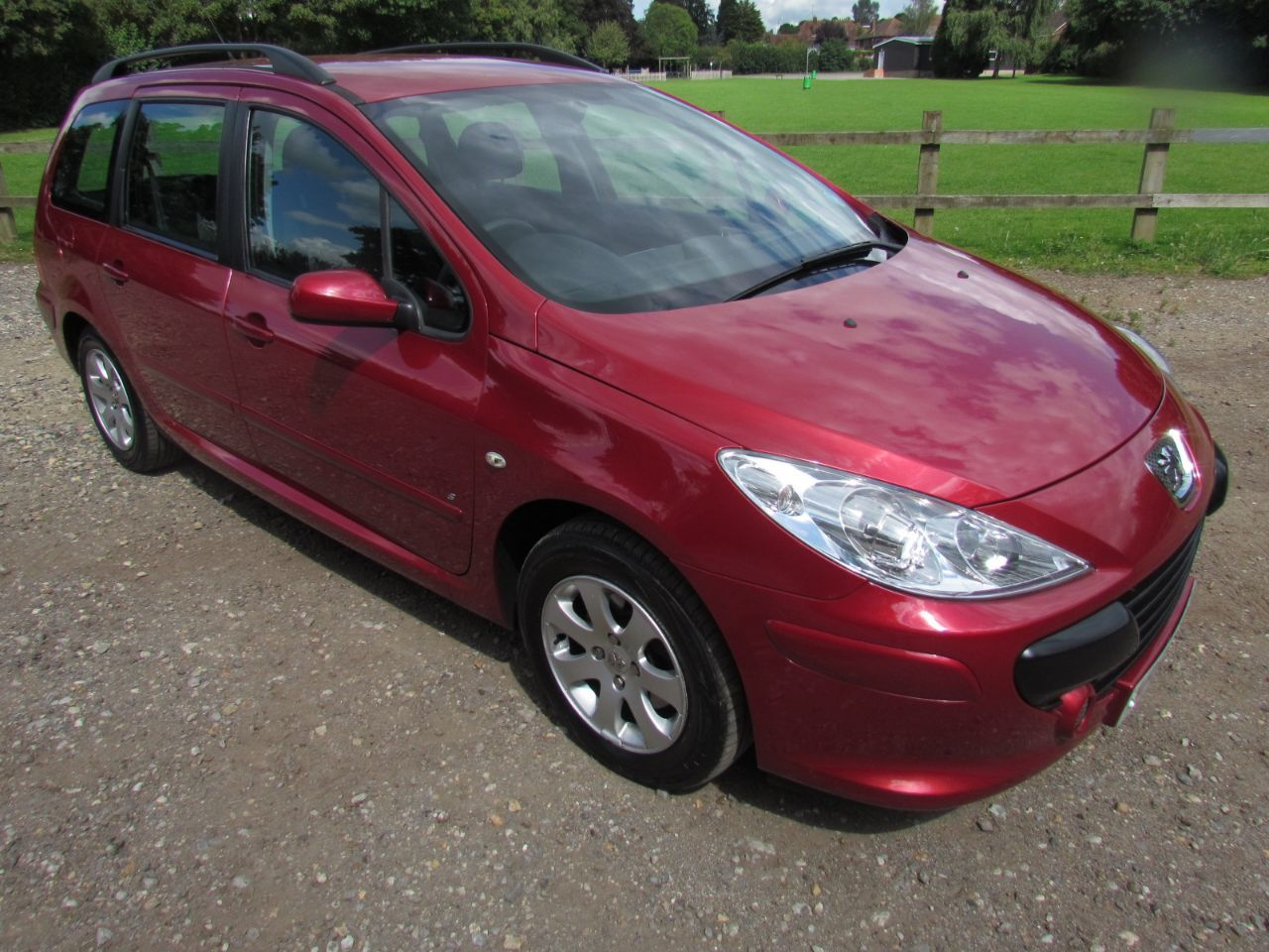 Peugeot 307 1.6 S Estate Petrol Red