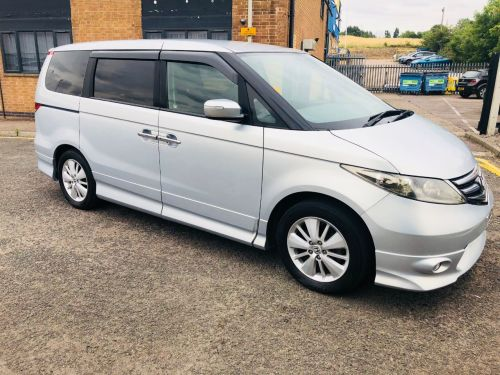 Honda Elysion 2.4 8 seater MPV Petrol Silver