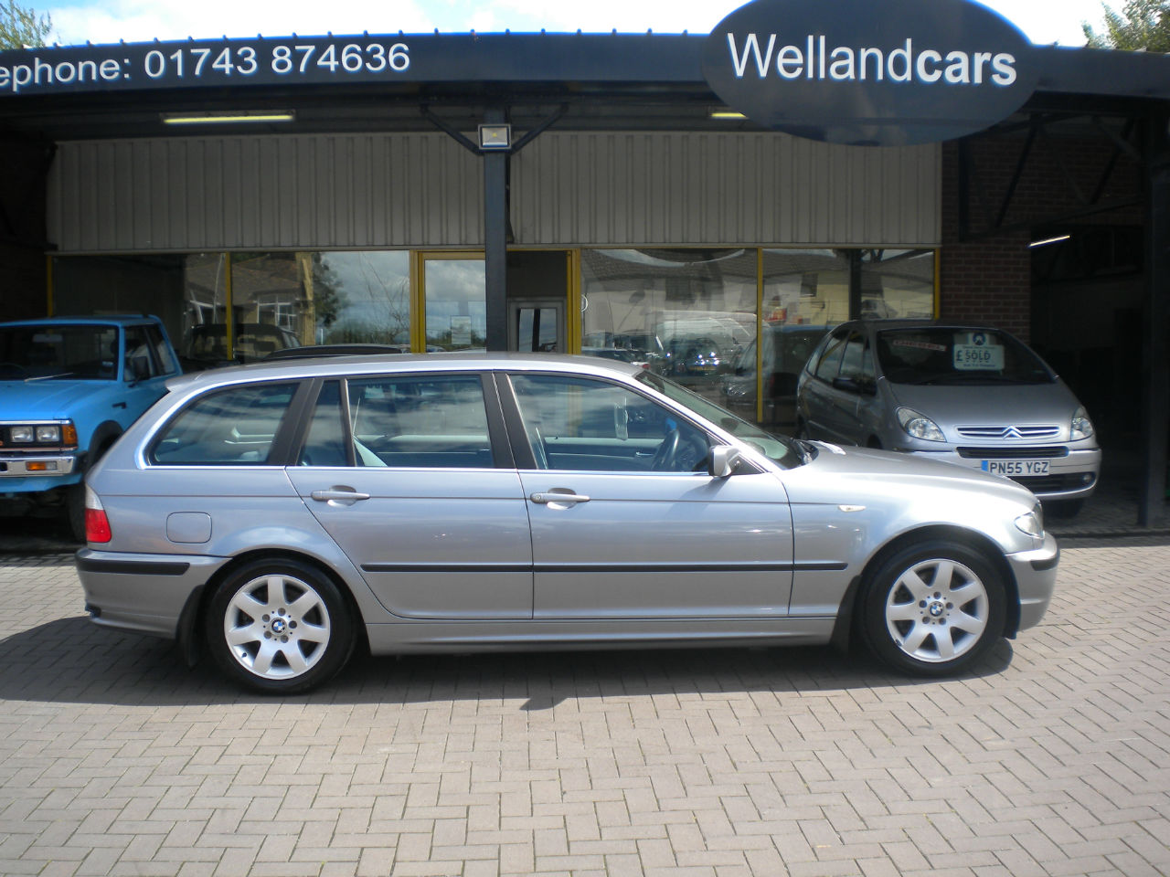 BMW 3 Series 2.2 320i SE 5dr Estate Petrol Grey at Welland Cars Shrewsbury