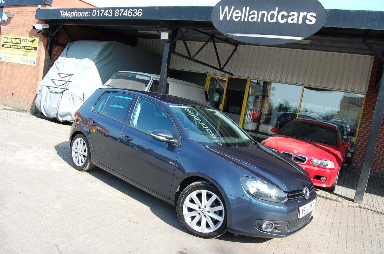 Volkswagen Golf 2.0 GT TDI 140 5 DOOR 6 SPEED MANUAL FULL SERVICE HISTORY BLUETOOTH PHONE Hatchback Diesel Blue at Welland Cars Shrewsbury