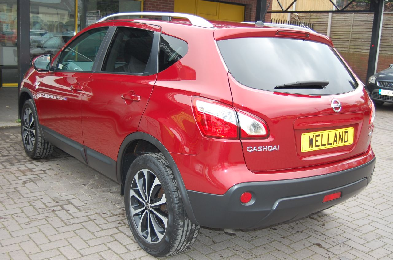 2012 Nissan Qashqai 2.0 N TEC + DCI 4x4 AUTOMATIC 1 FORMER KEEPER ONLY 33,000 MILES
