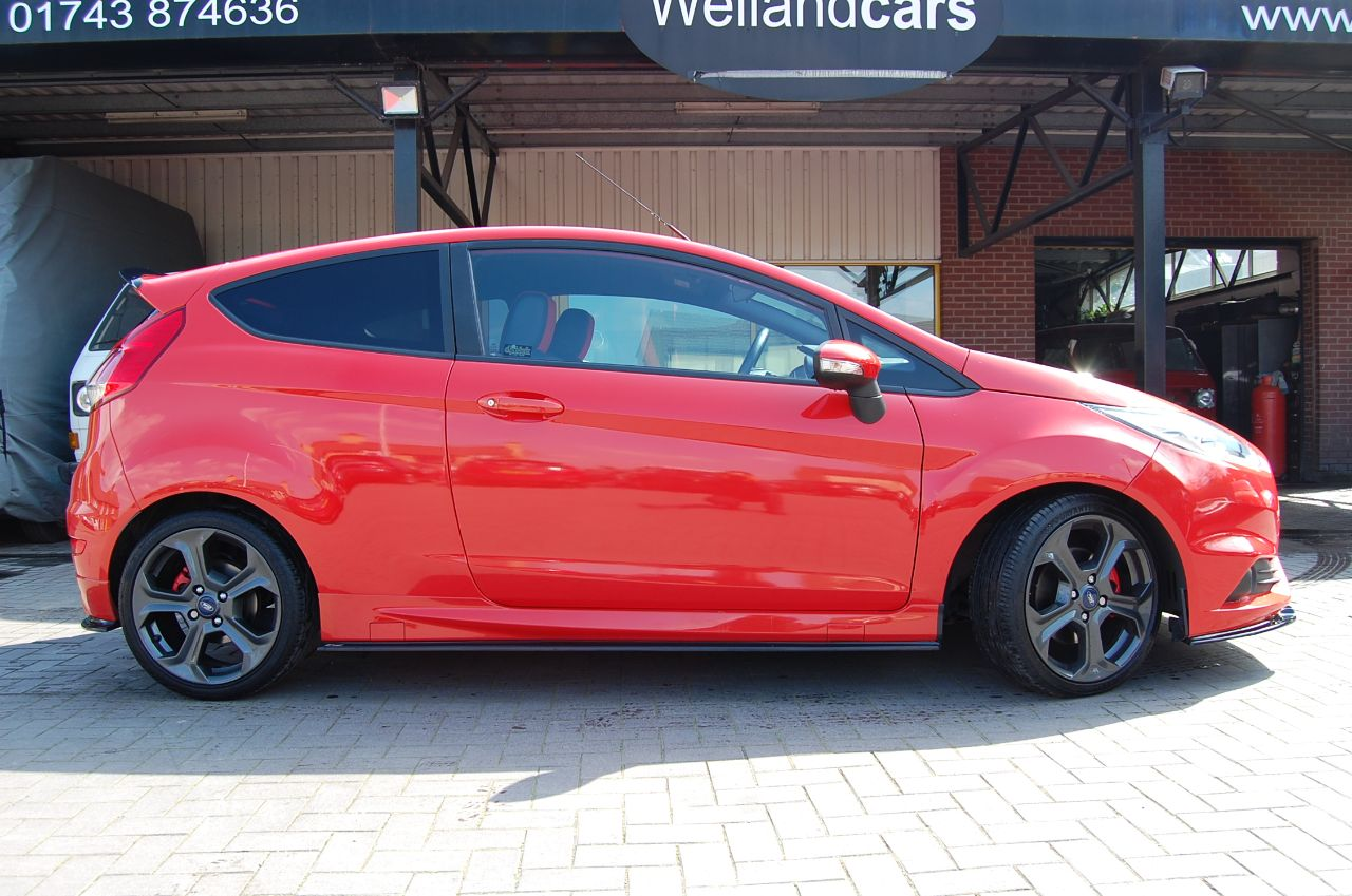 2013 Ford Fiesta 1.6 ST 2 3 DOOR STAGE 2 RE MAP 260 BHP ENHANCED BY CE.UK