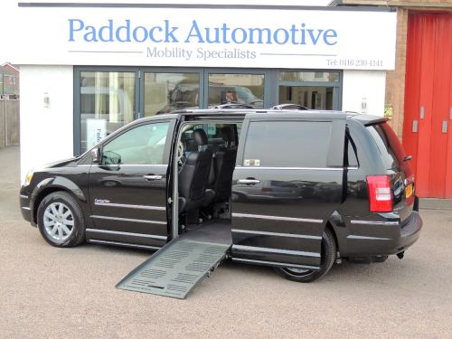 Chrysler Grand Voyager 2.8 CRD Limited Auto Drive From/Up Front Disabled Wheelchair Adapted Vehicle WAV Wheelchair Adapted Diesel Black Mica