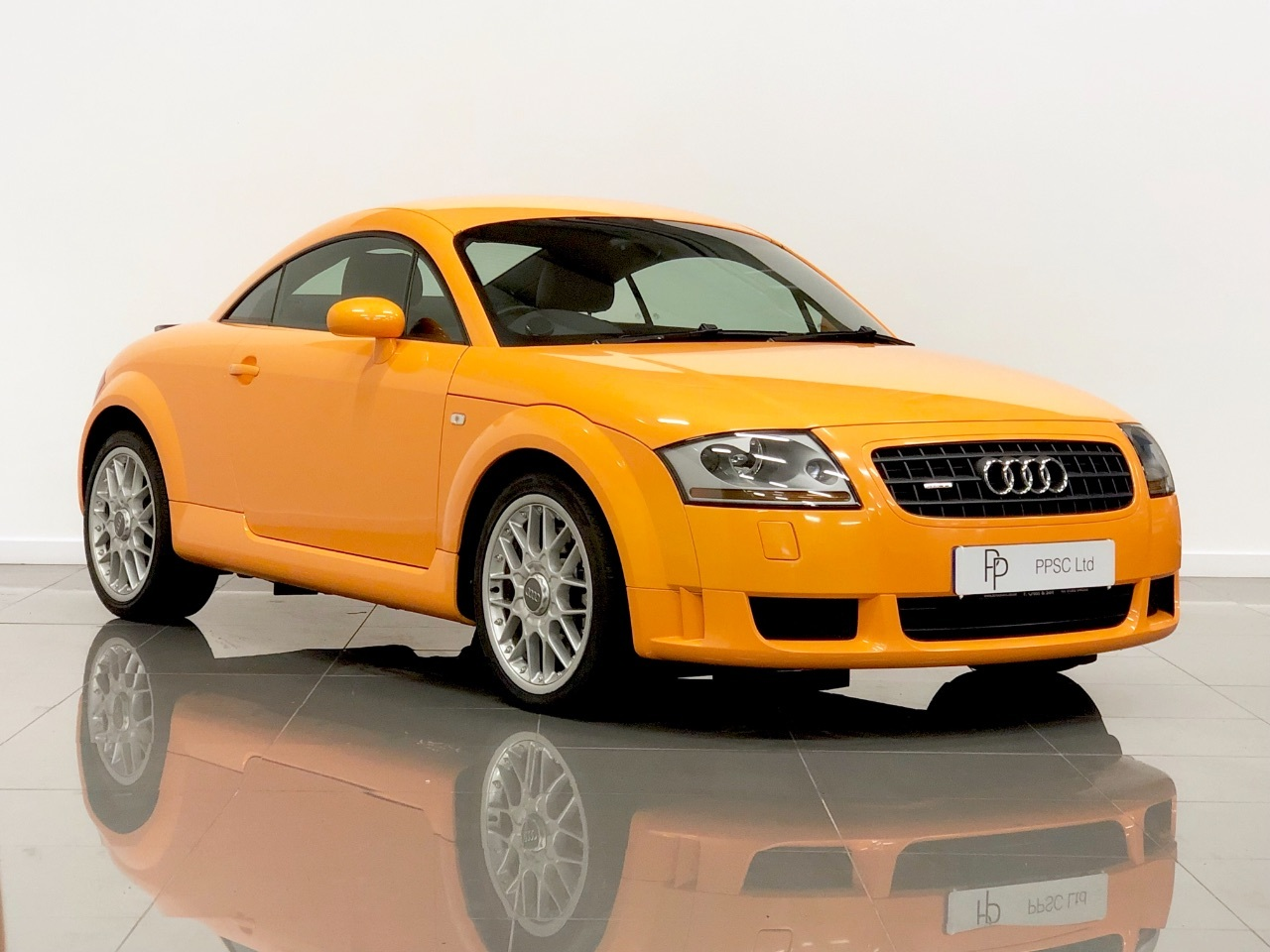 Audi TT 3.2 V6 Quattro 2dr DSG Coupe Petrol Orange