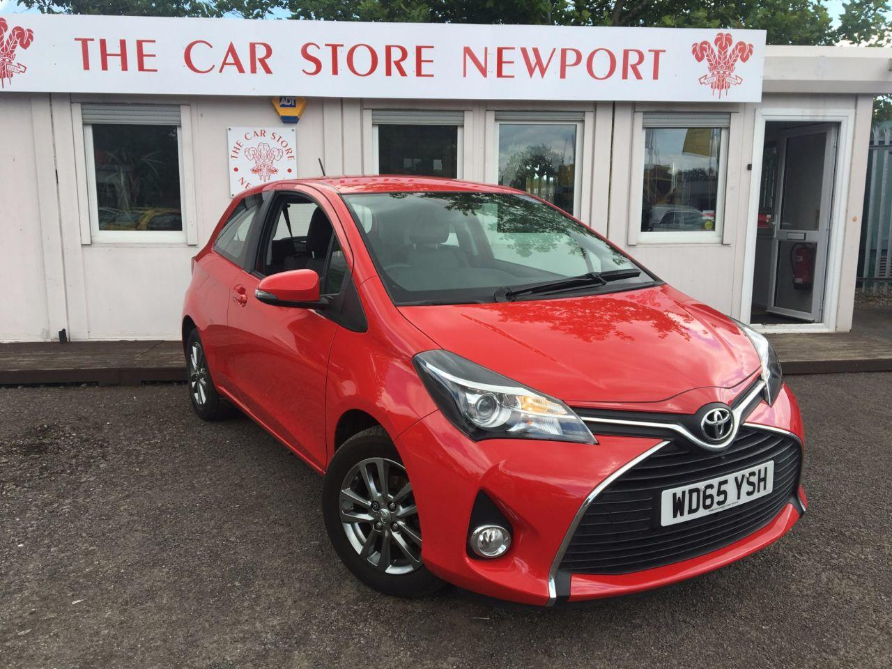 Toyota Yaris 1.3 VVT-I ICON 3d 99 BHP Hatchback Petrol RED