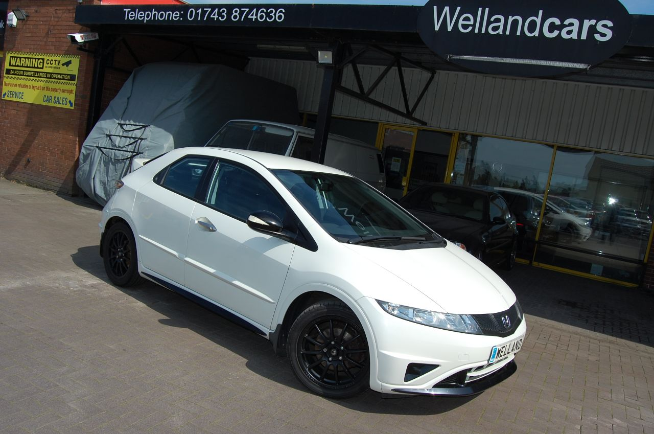Honda Civic 1.4i VTEC Ti BRITISH TOURING CAR INSPIRED SPECIAL EDITION FULL SERVICE HISTORY 46K Hatchback Petrol White at Welland Cars Shrewsbury