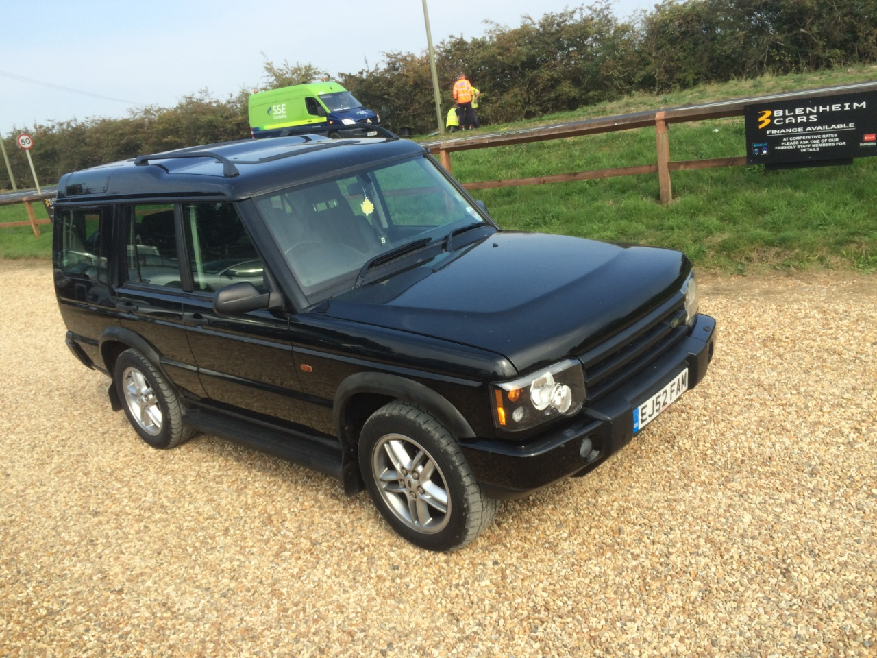 used land rover discovery 2 5 td5 xs 5dr 7 seater 2 owners. Black Bedroom Furniture Sets. Home Design Ideas