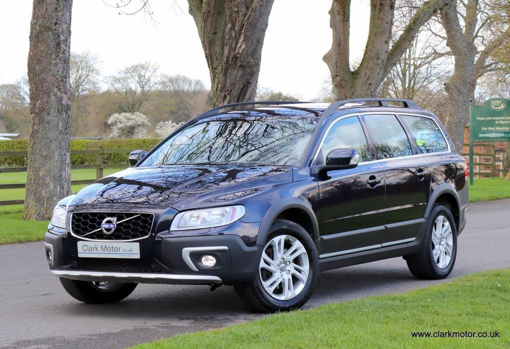 Volvo XC70 2.4 D4 SE Nav Geartronic AWD (s/s) 5dr Estate Diesel Blue