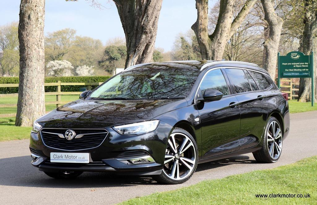 Vauxhall Insignia 2.0 TD BlueInjection Elite Nav Sport Tourer Auto 5dr Estate Diesel Black