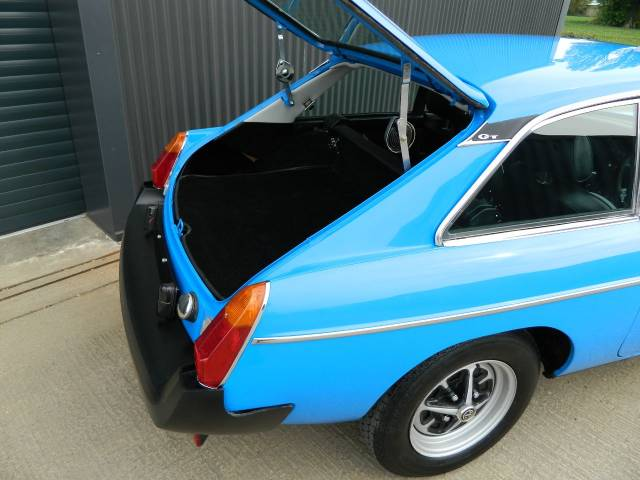 MG MGB 1.8 GT Coupe Petrol Pageant Blue