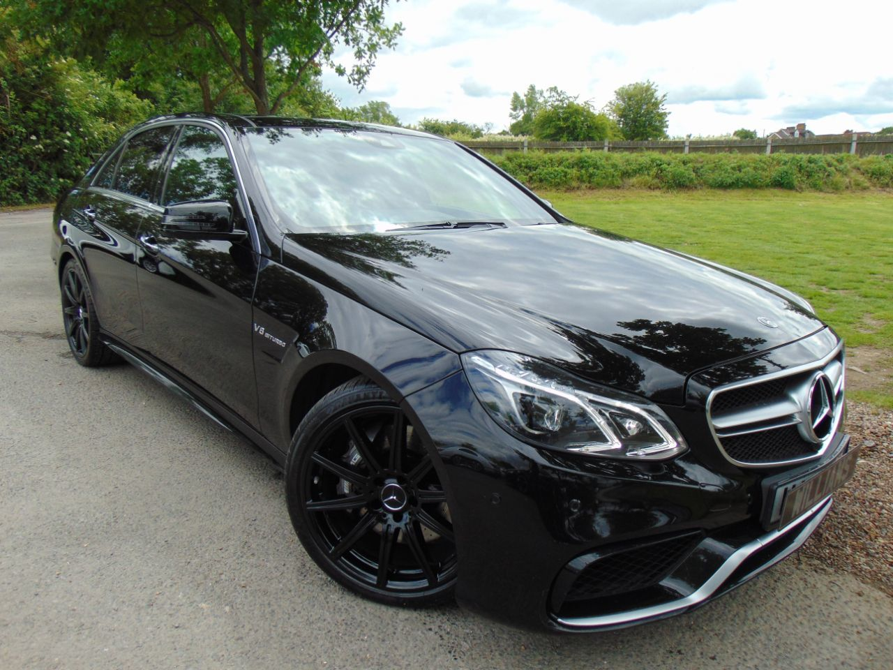 Mercedes-Benz E Class 5.5 E63 AMG MCT 4dr (Pan Roof! 360 Camera! +++) Saloon Petrol Obsidian Black Metallic