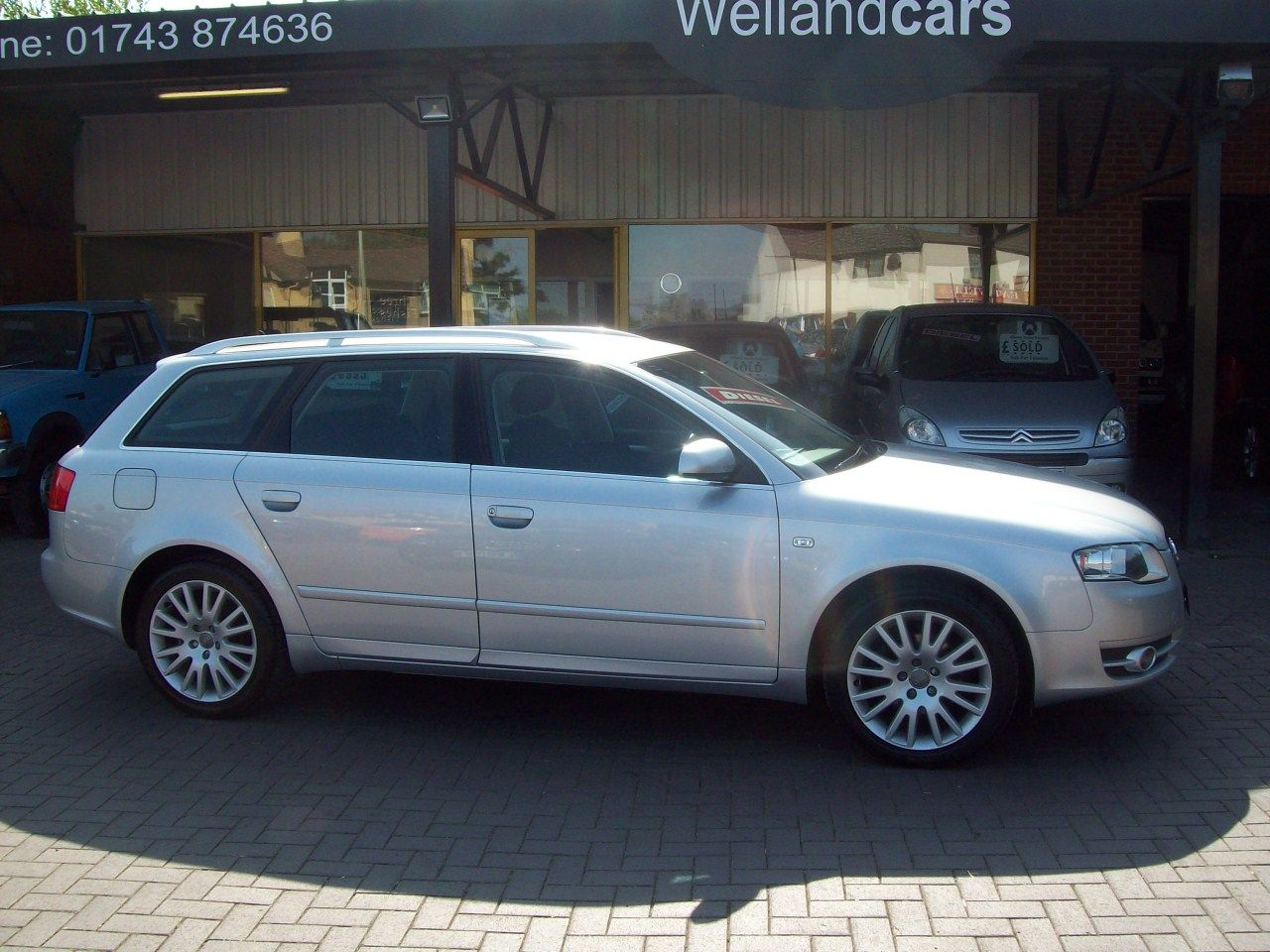 Audi A4 2.0 TDi Avant SE 5dr 6 Speed Manual, Colour Navigation, Phone Prep, F/S/H Estate Diesel Silver at Welland Cars Shrewsbury