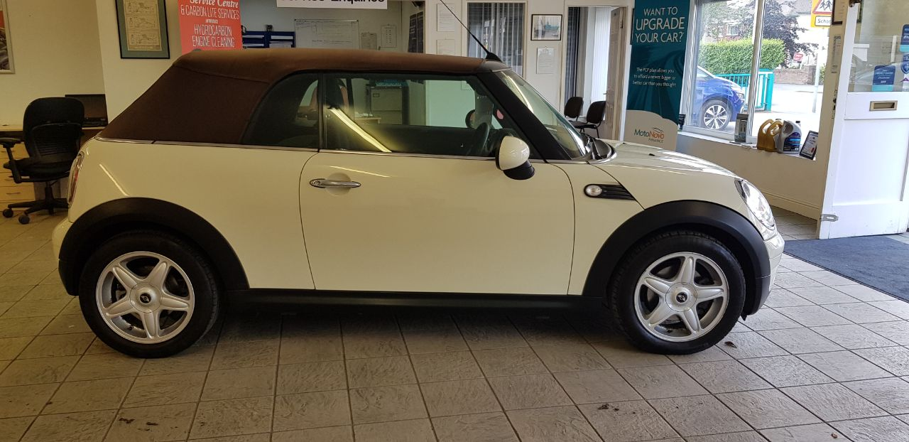 2009 Mini Convertible 1.6 Cooper 2dr