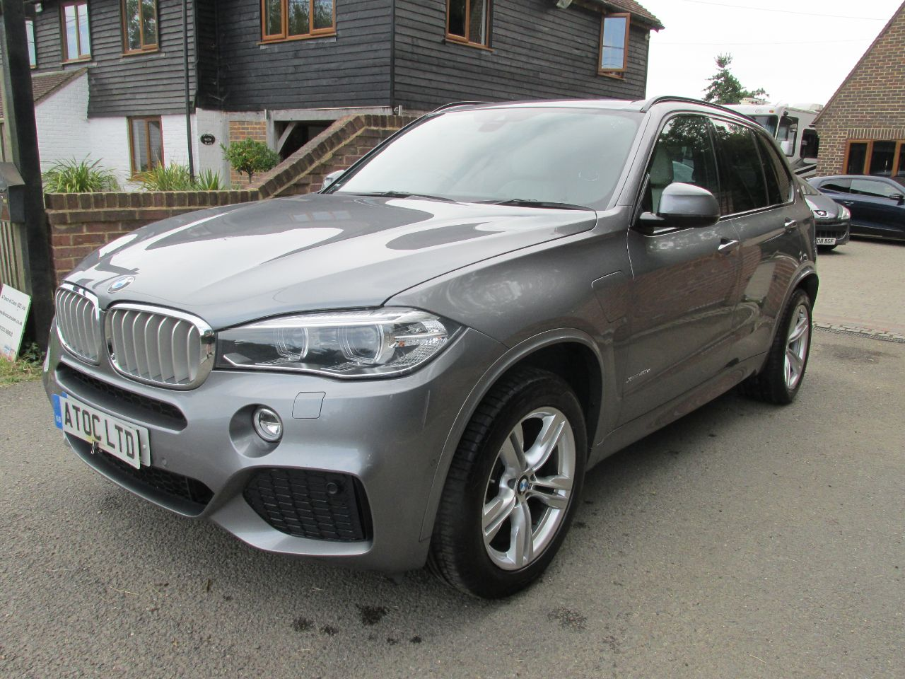 2016 BMW X5 2.0 xDrive40e M Sport 5dr Auto + Zero Road Tax Band + VAT Qualifying