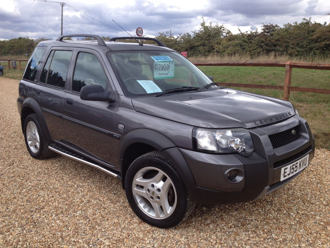 used land rover freelander 2 0 td4 hse 5dr auto hse model black leather for sale in witney. Black Bedroom Furniture Sets. Home Design Ideas