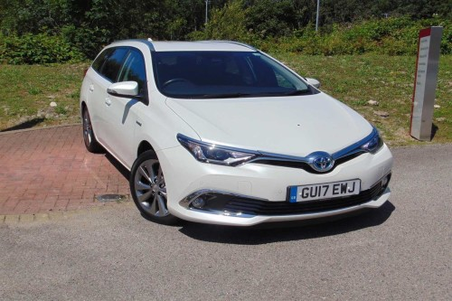 Toyota Auris 1.8 VVT-i HSD Excel Touring Sports Estate Hybrid White