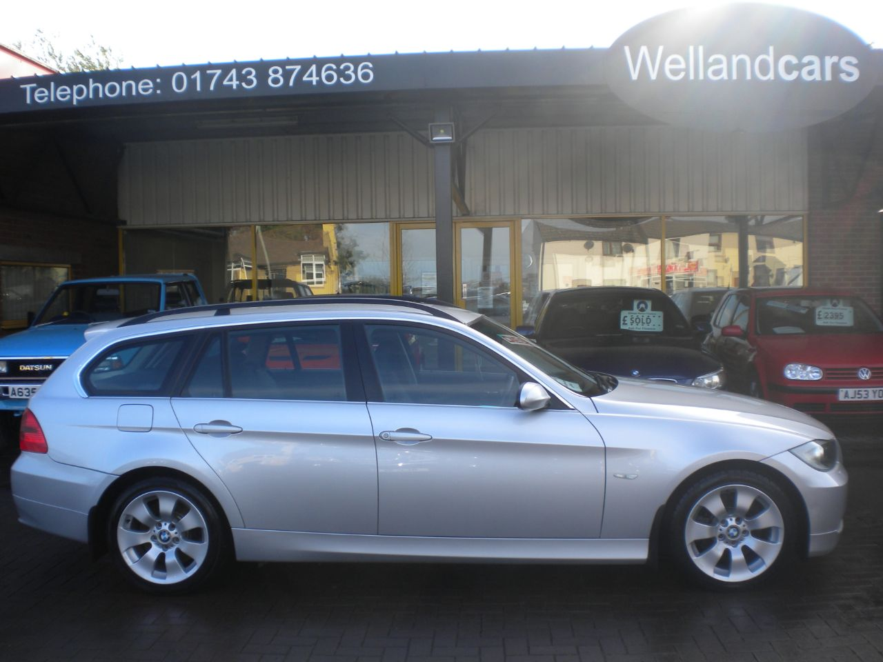 BMW 3 Series 3.0 330d SE 5dr 6 Speed Manual, F/S/H, Full leather, Upgraded Alloys Estate Diesel Silver at Welland Cars Shrewsbury