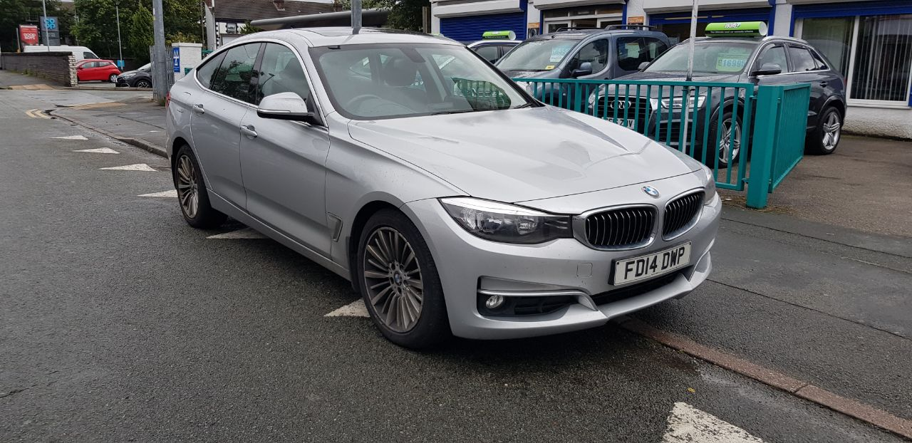 BMW 3 Series 2.0 320d Luxury 5dr Step Auto Hatchback Diesel Silver at Glynn Andrews Widnes