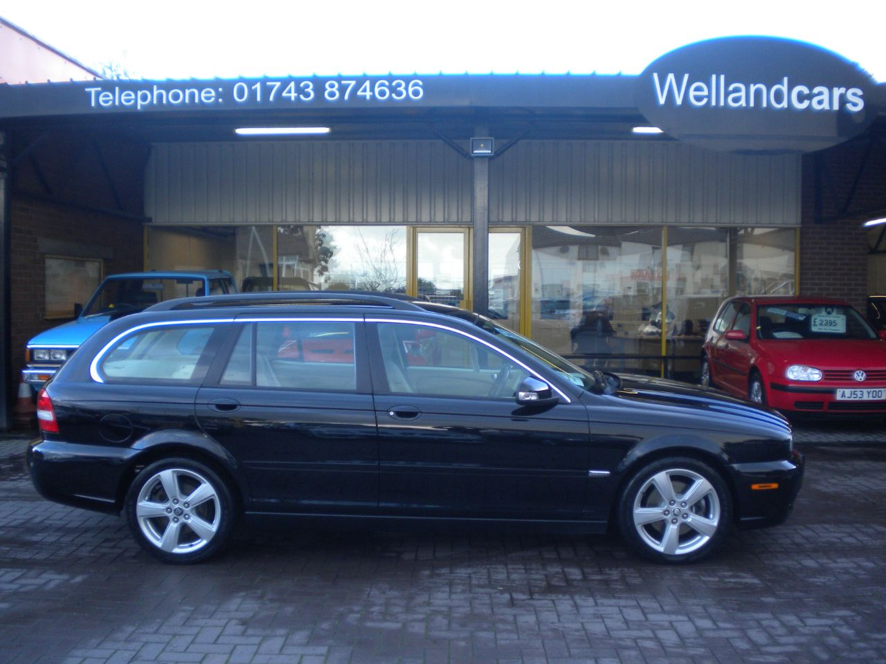 Jaguar X-Type 2.2d SE Estate 4dr Auto/Tip, F/S/H, Full Ivory Leather, Colour Navigation, Sport Pack Saloon Diesel Metallic Black at Welland Cars Shrewsbury
