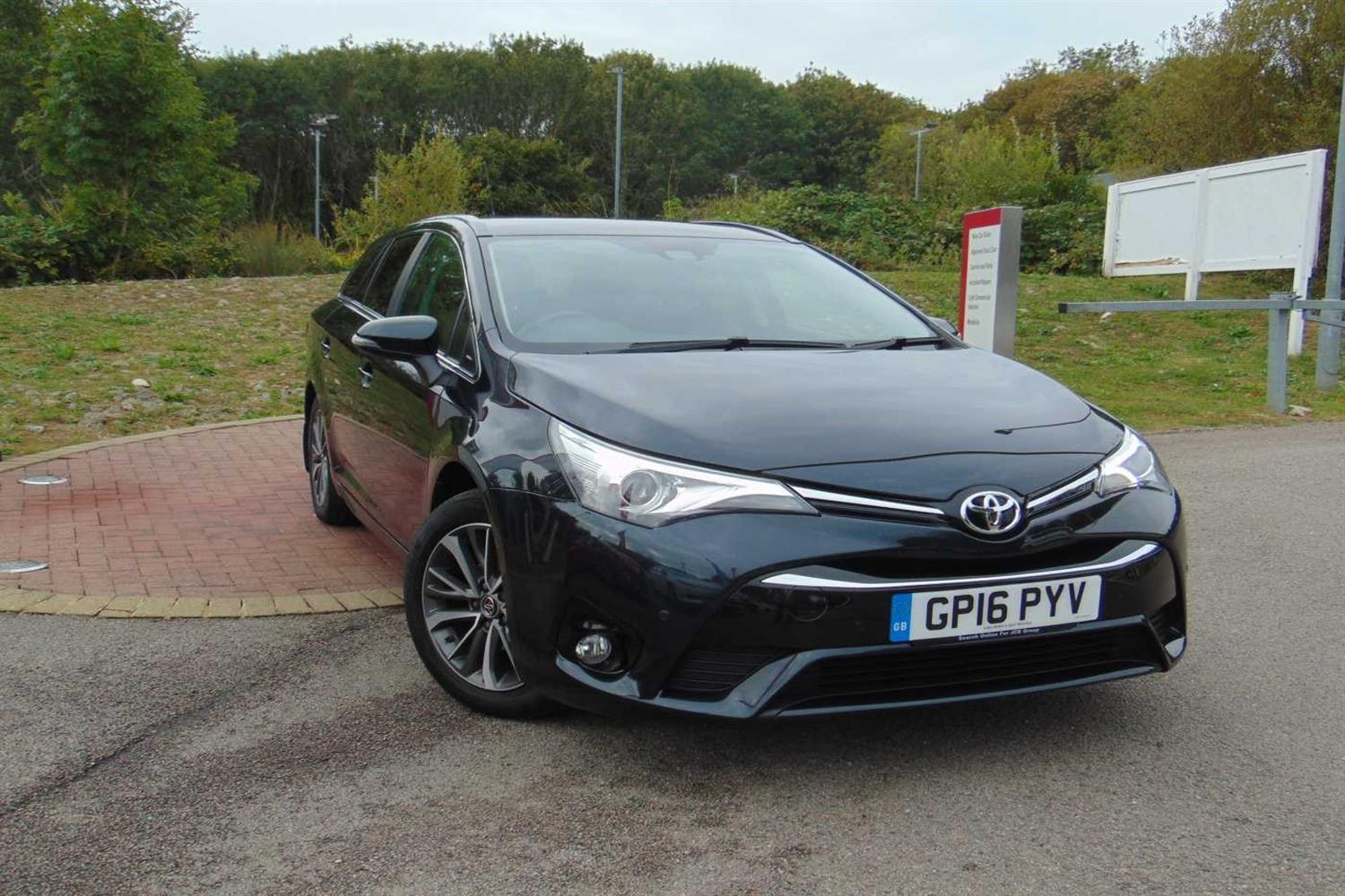 Toyota Avensis 1.8 V-matic Business Edition Plus Estate Petrol Grey