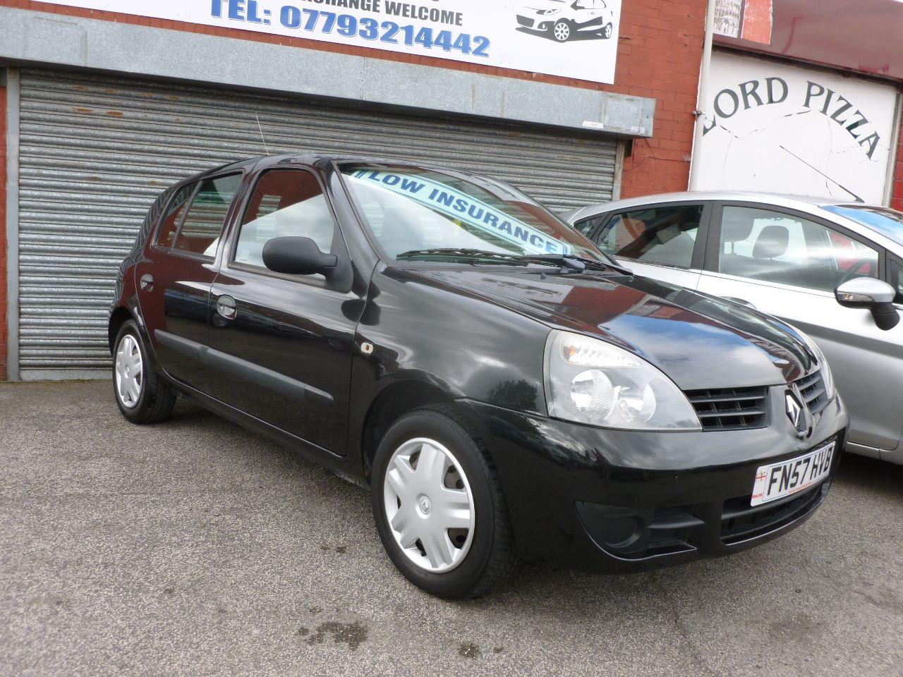 Renault Clio 1.2 Campus 2007 5dr Hatchback Petrol Black at AJM Autos Leeds Leeds
