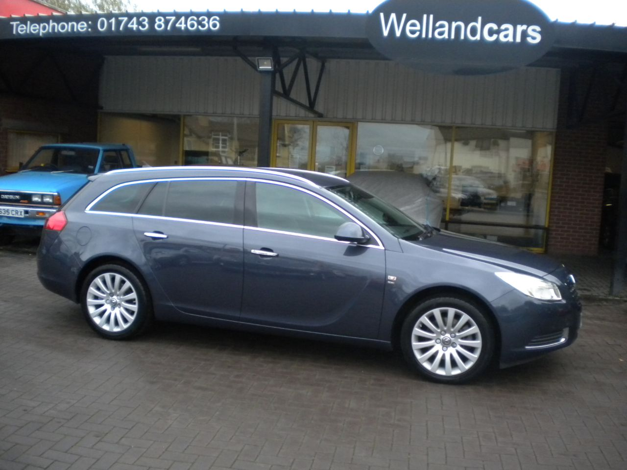 Vauxhall Insignia 2.0 CDTi [160PS] SE 5dr Sports Tourer, Low miles, F/S/H, 1 Previous Owner Estate Diesel Blue at Welland Cars Shrewsbury