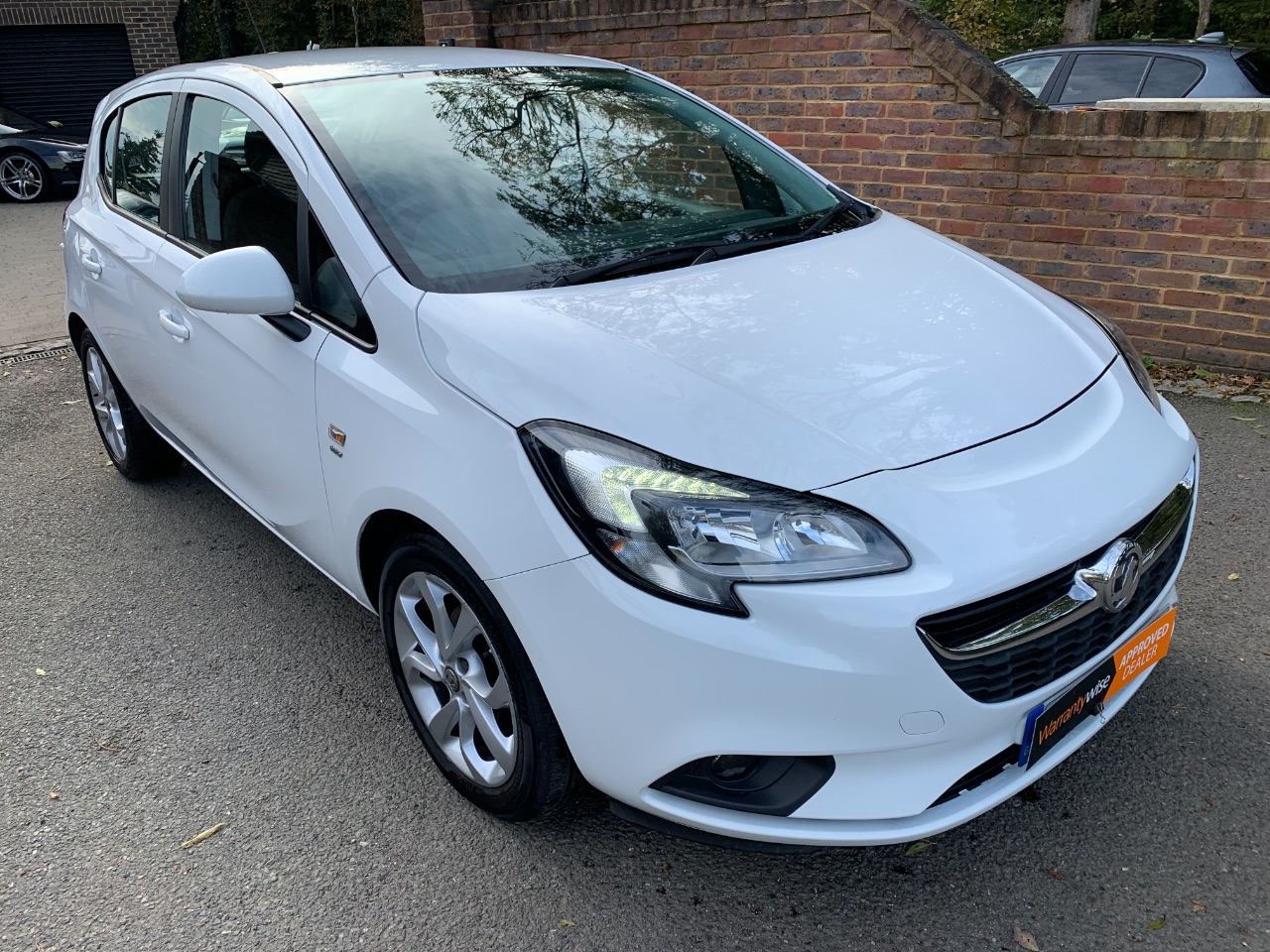 Vauxhall Corsa 1.4 [75] ecoFLEX Energy 5dr [AC] Hatchback Petrol White at A Touch of Class Kingsnorth
