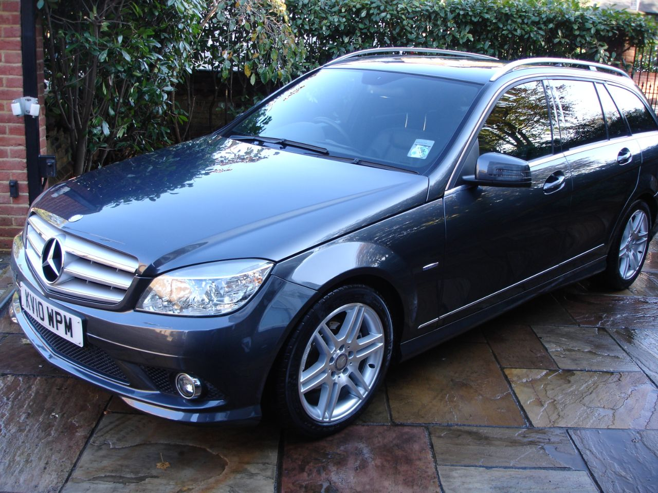 used mercedes benz c class c200 cdi blueefficiency sport 5dr auto for sale in london london. Black Bedroom Furniture Sets. Home Design Ideas