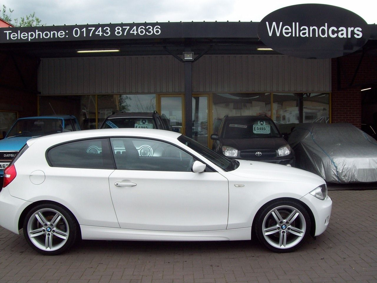 BMW 1 Series 1.6 116i M Sport 3dr 18`M Tech Alloys, 1/2 Leather, F/S/H, Climate/Aircon, Hatchback Petrol White at Welland Cars Shrewsbury