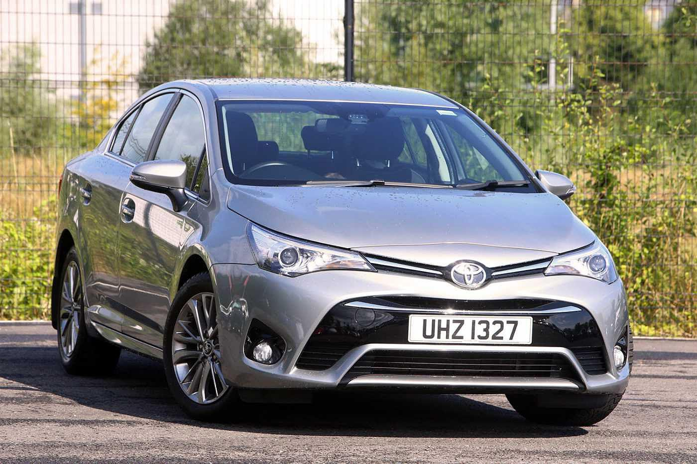 Toyota Avensis 1.6 D-4D Business Edition 4-Dr Saloon Diesel Grey