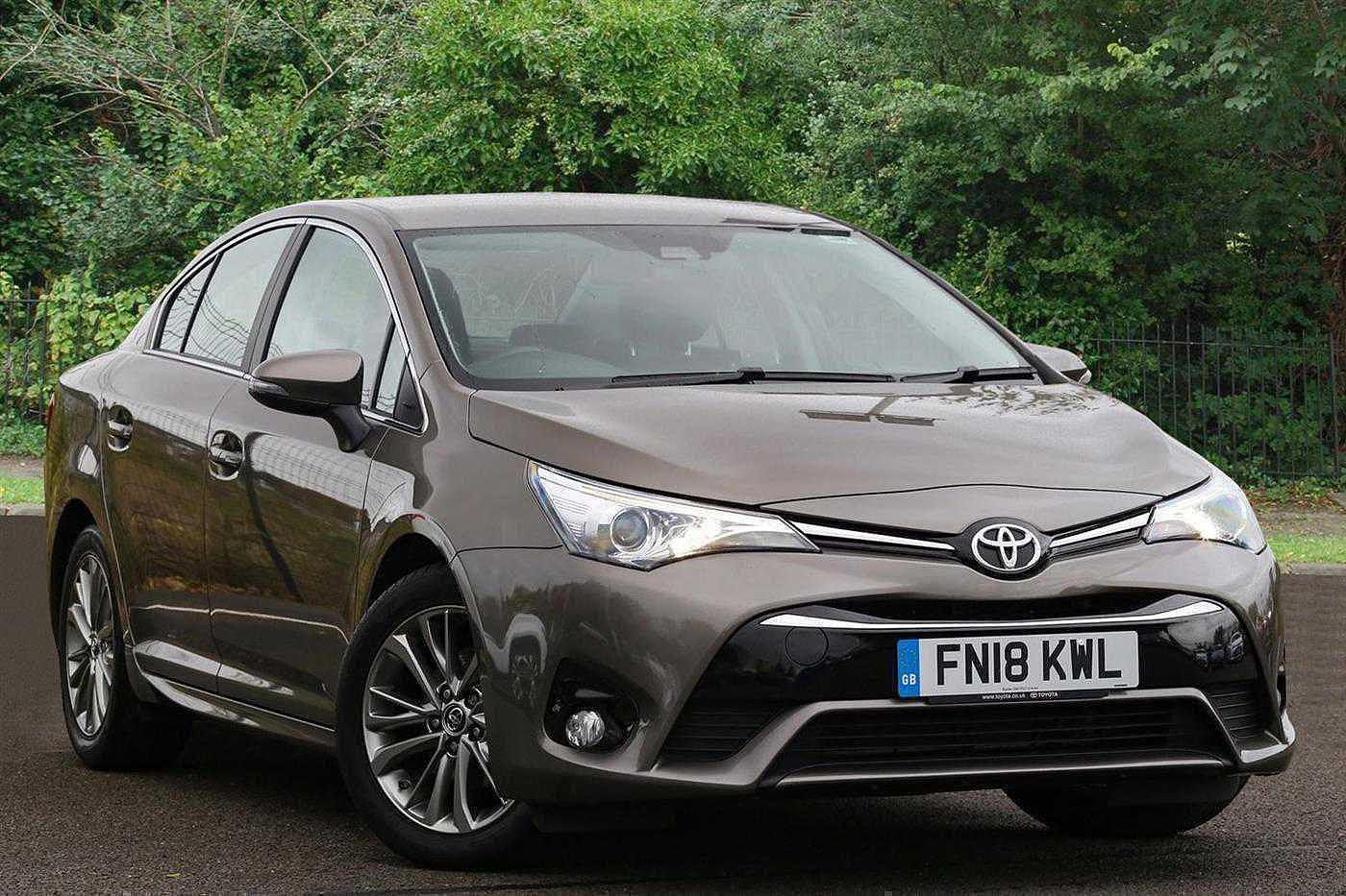 Toyota Avensis 1.6D Business Edition 4dr Saloon Diesel Brown